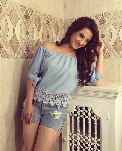 Alisha Panwar Career