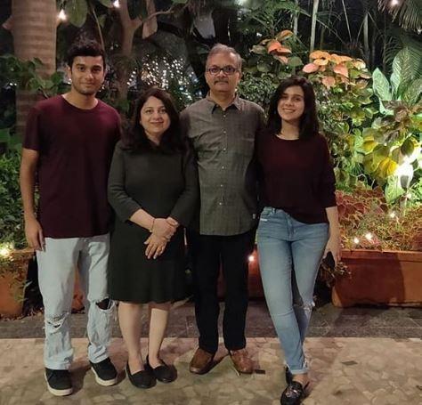 Rashmi Agdekar Family