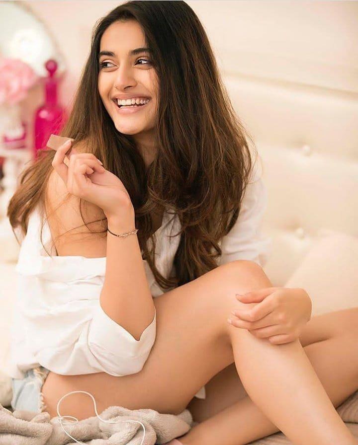 Divyansha Kaushik Career