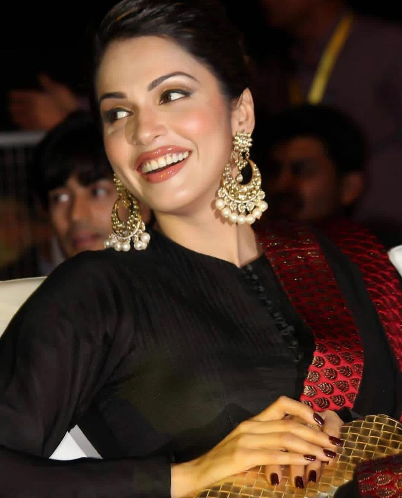 Isha Koppikar Biography