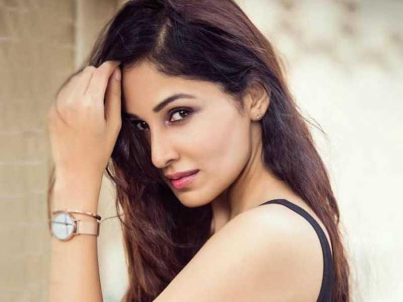 Pooja Chopra Career