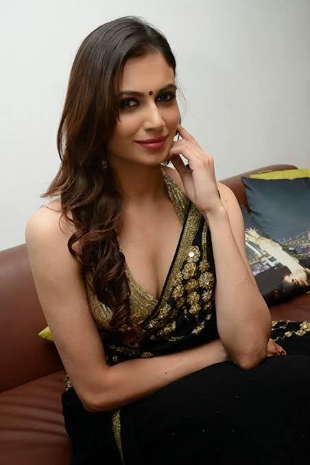 Simran Kaur Mundi Actress