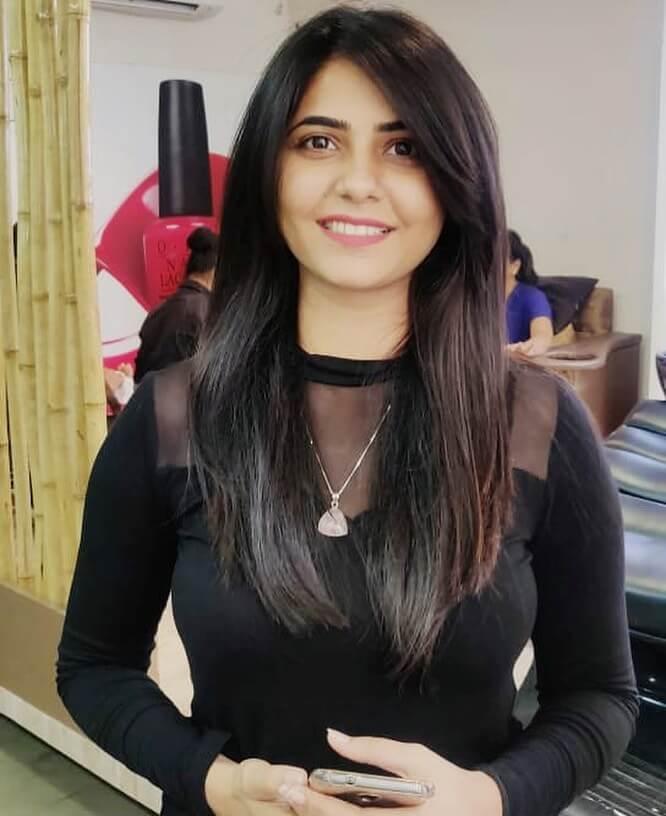 Veena Jagtap Income